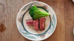 Steak und Brokkoli Lizenzfreies Stockbild