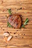 Steak und Gewürze Lizenzfreie Stockfotos