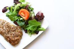 Steak und Salat Lizenzfreies Stockbild