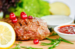Steak & vegetables Royalty Free Stock Images
