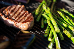 Steak and vegetables Royalty Free Stock Photo