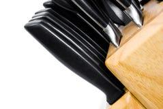 Steakmesser im Block Lizenzfreie Stockbilder