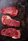 Steakmittelrippe vom rind des rohen Fleisches Stockfoto