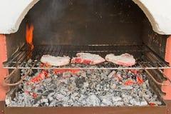 Steaks auf dem Grill Stockfoto
