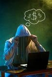 Stealing informatie met een kap van de computerhakker met laptop Royalty-vrije Stock Foto