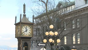 Steam Clock in Gastown. VANCOUVER, CANADA - JAN 2009: The popular Steam Clock in Gastown on Jan. 27th, 2009 in Vancouver, Canada stock footage