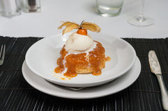 Steamed sponge pudding with vanilla ice cream Royalty Free Stock Images