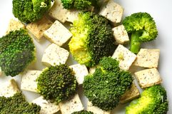 Vegan food : steamed broccoli and tofu dish Royalty Free Stock Photos