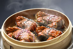 Steaming shanghai hairy crabs, chinese cuisine Royalty Free Stock Photos