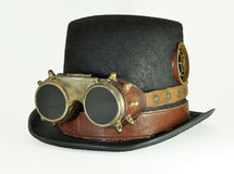 Steampunk帽子和风镜 免版税图库摄影