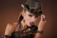 Steampunk Frau Fantasiemode Stockbild