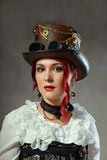 Steampunk modekvinna arkivbild