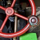 Steampunk rött hjul royaltyfri foto