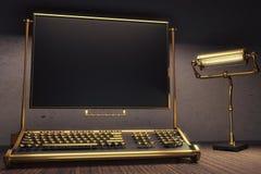 Steampunk-Tastatur mit leerem schwarzem Schirm und Weinleselampe, moc Lizenzfreies Stockbild