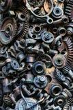 Steampunkachtergrond, machine en mechanische gedeelten, grote toestellen en kettingen van machines en tractoren stock afbeelding