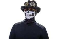 Steampunkmens in het hoed en maskerskelet royalty-vrije stock foto's