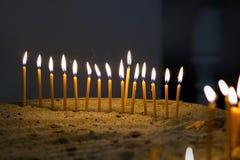 Stearinljus av det gula vaxet Royaltyfri Foto