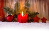 Stearinljus för Advent för julgarneringund Royaltyfria Bilder