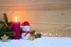 Stearinljus för jul snögubbe och Advent klaus santa för frost för påsekortjul sky Royaltyfri Foto