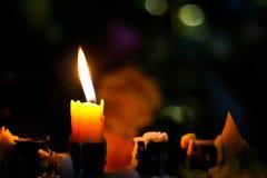 Stearinljus i darken Royaltyfri Fotografi