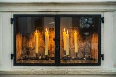 Stearinljus i en kyrka i den Bayern Tysklandet Arkivbild