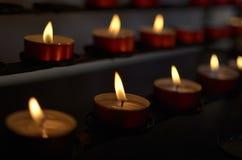 Stearinljus i kyrka Fotografering för Bildbyråer