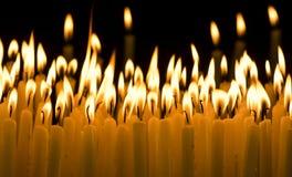 Stearinljus i mörkret Royaltyfri Foto