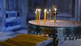 stearinljus kyrka royaltyfria bilder
