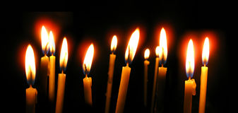 stearinljus kyrktar den ortodoxa waxen Arkivbilder