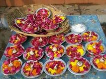 Stearinljus lycklig-berlock i Indien arkivbilder