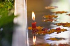 Stearinljus på ett vatten Royaltyfri Foto
