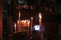 Stearinljus på kyrkan Royaltyfria Bilder
