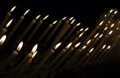 stearinljus tända Royaltyfri Foto