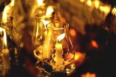 Stearinljuset tänd thai kultur går i den Asalha Puja dagen, den Magha Puja dagen, Visakha Puja Day royaltyfri fotografi