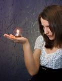 stearinljusflicka arkivfoton