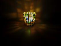 Stearinljushållare för mosaiskt exponeringsglas Arkivfoto
