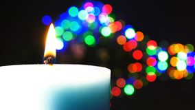 Stearinljusljus och bokeh stock video