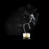 Stearinljusrök som isoleras på svart Royaltyfri Fotografi