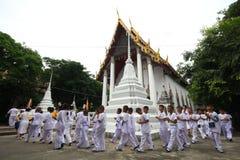 Stearinljustraditionsbuddism i Thailand Fotografering för Bildbyråer