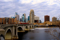Stedelijke Cityscape van Minneapolis royalty-vrije stock foto's