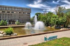 Stedelijke fonteinen op Weg in de stad van Alma Ata Stock Foto