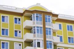 Stedelijke huis of de bouw, voorzijdepatroon Blauwe hemel Royalty-vrije Stock Foto's