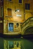 Stedelijke Nachtscène, Venetië, Italië royalty-vrije stock fotografie