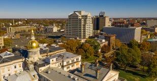 Stedelijke Stadshorizon Van de binnenstad Trenton New Jersey State Capital royalty-vrije stock afbeelding