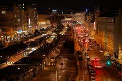 Stedelijke straat bij nacht Royalty-vrije Stock Foto's