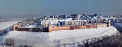 Steden van Rusland Panorama Nizhny Novgorod in de winter Stock Foto's