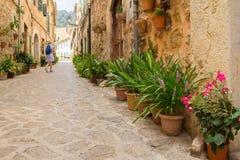 Steeg in middeleeuwse Europese stad Royalty-vrije Stock Afbeelding