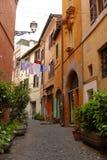 Steeg in Rome, Italië stock afbeeldingen