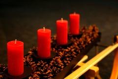 Steek de kaarsen in de komst aan royalty-vrije stock foto