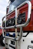 Steek Vrachtwagen 1 in brand Stock Foto's